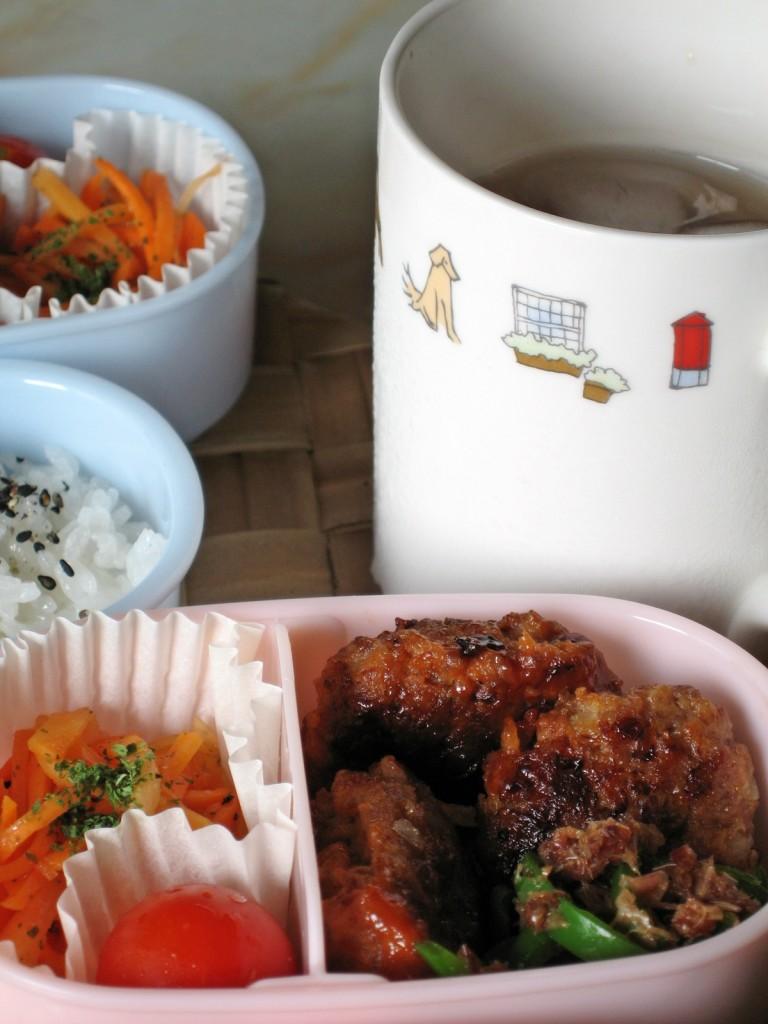 家庭科の課題、初めてのお弁当のフリー写真