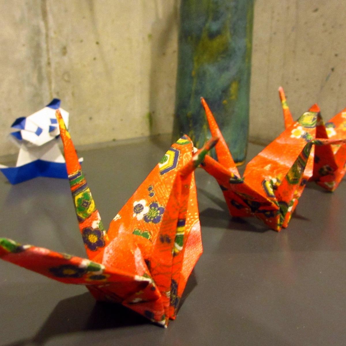和紙の折鶴3 (1200)