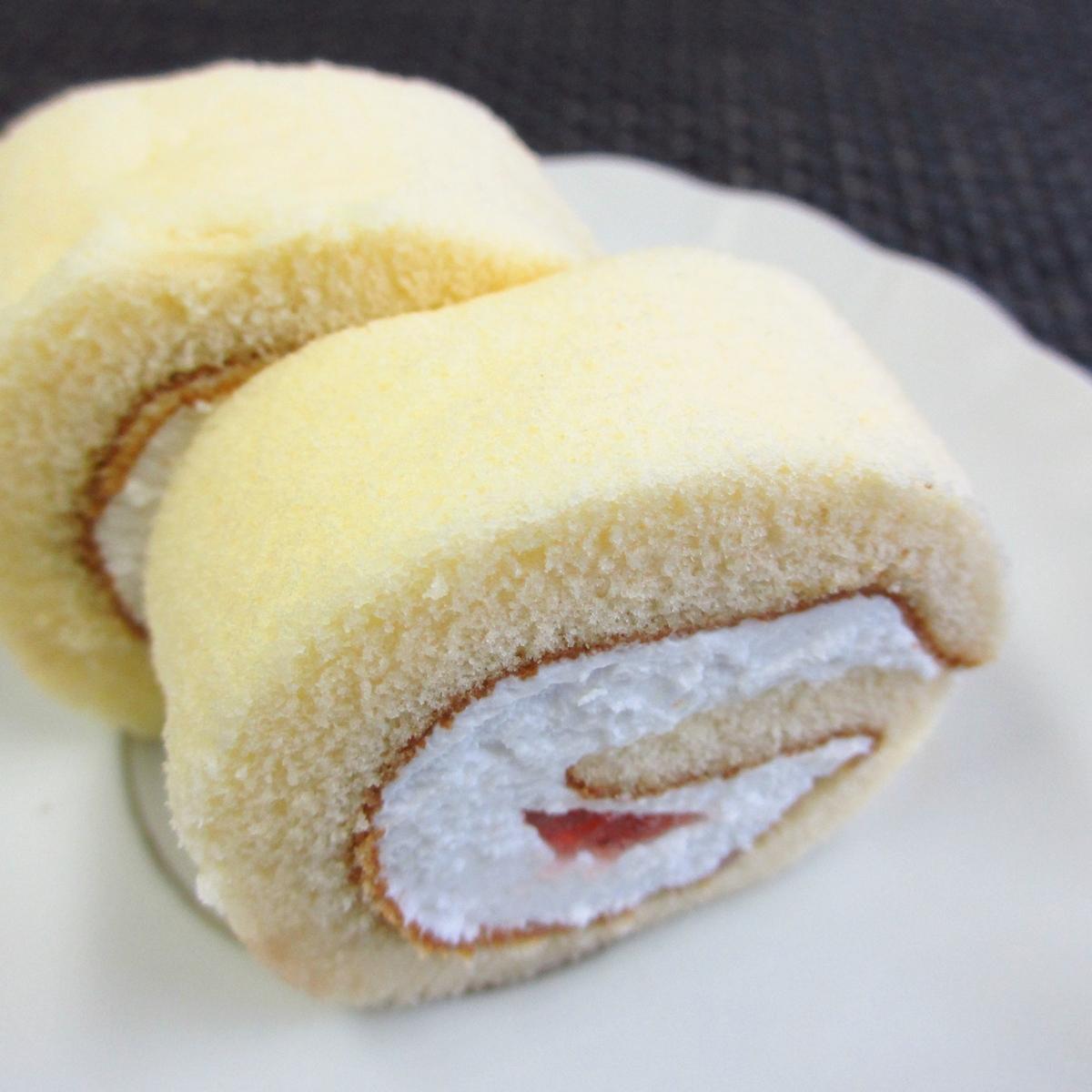 イチゴのロールケーキ20150627 (1)