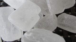 疲れた脳に効果的!氷砂糖のフリー写真