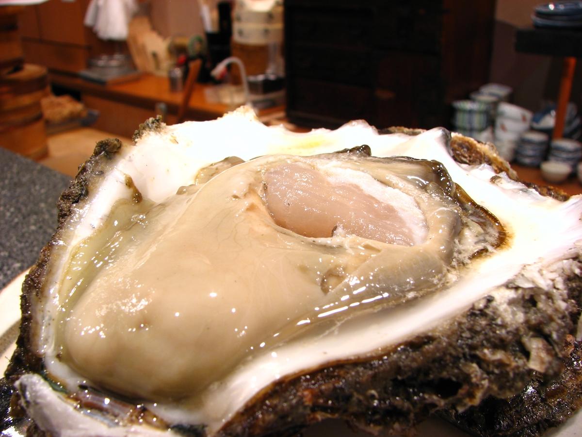 巨大な牡蠣のフリー写真1