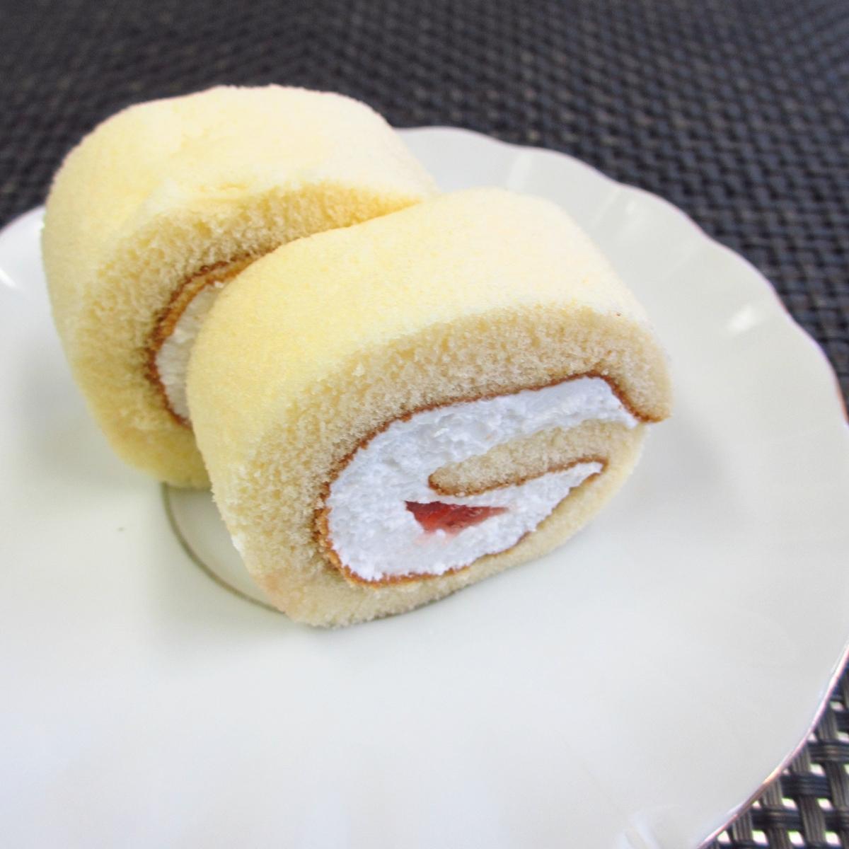 イチゴのロールケーキ20150627 (2)