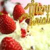 サンタクロースのデコレーションクリスマスケーキのフリー写真2種